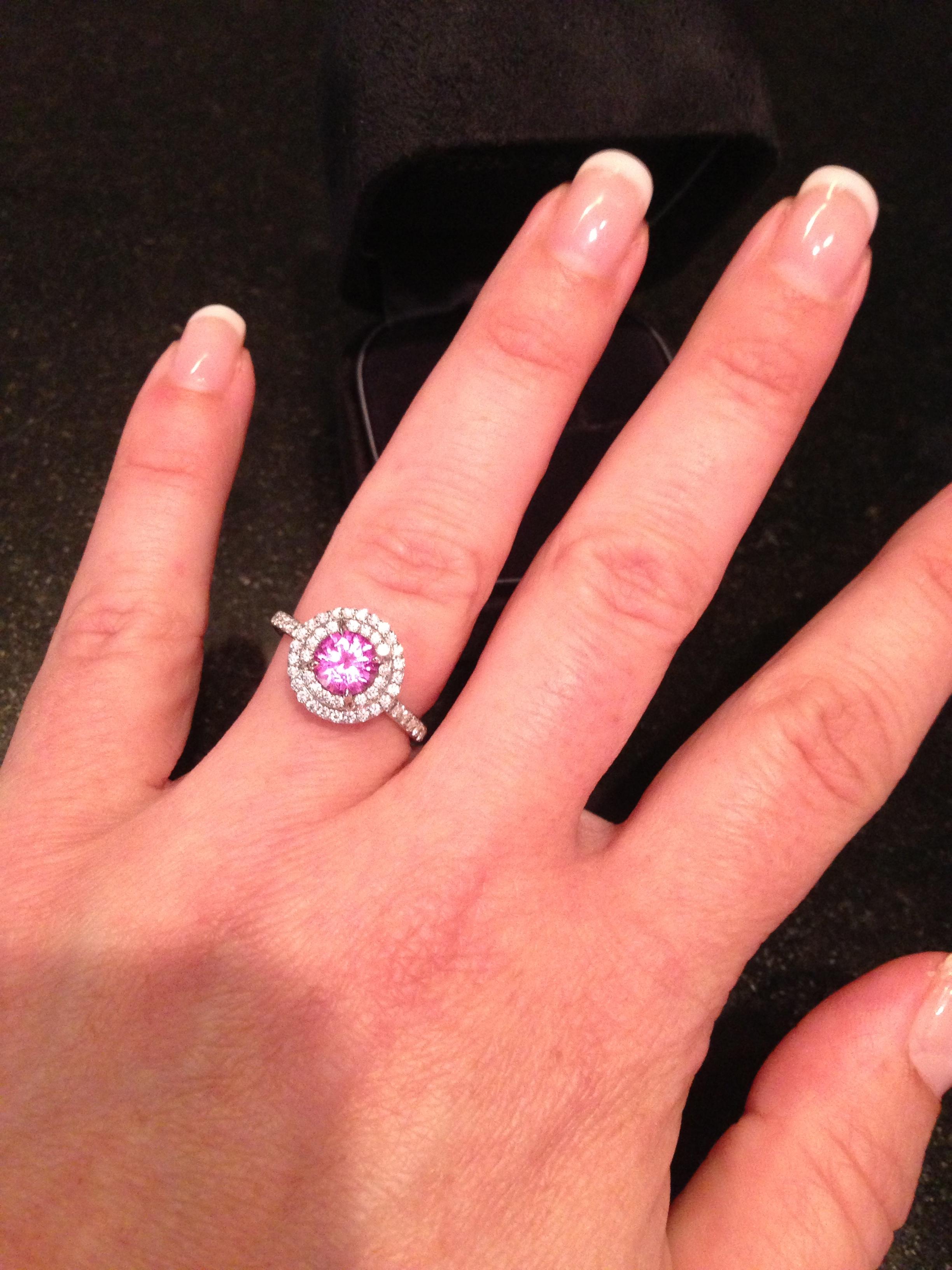 Elegant Tiffany 2.5 Carat Diamond Ring - Best Jewelry